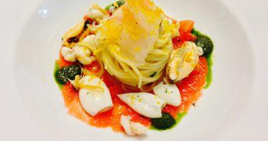 Ricette d'autore – Spaghettini freddi con frutti di mare salsa di pomodoro fresco carpaccio di pesce e bottarga di muggine